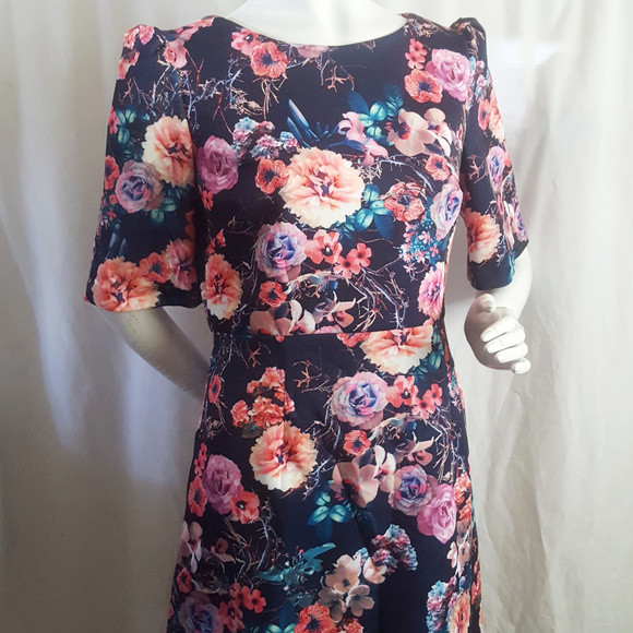 Betsey Johnson Dresses & Skirts - Betsey Johnson Scuba Midi Floral Dress Size 8